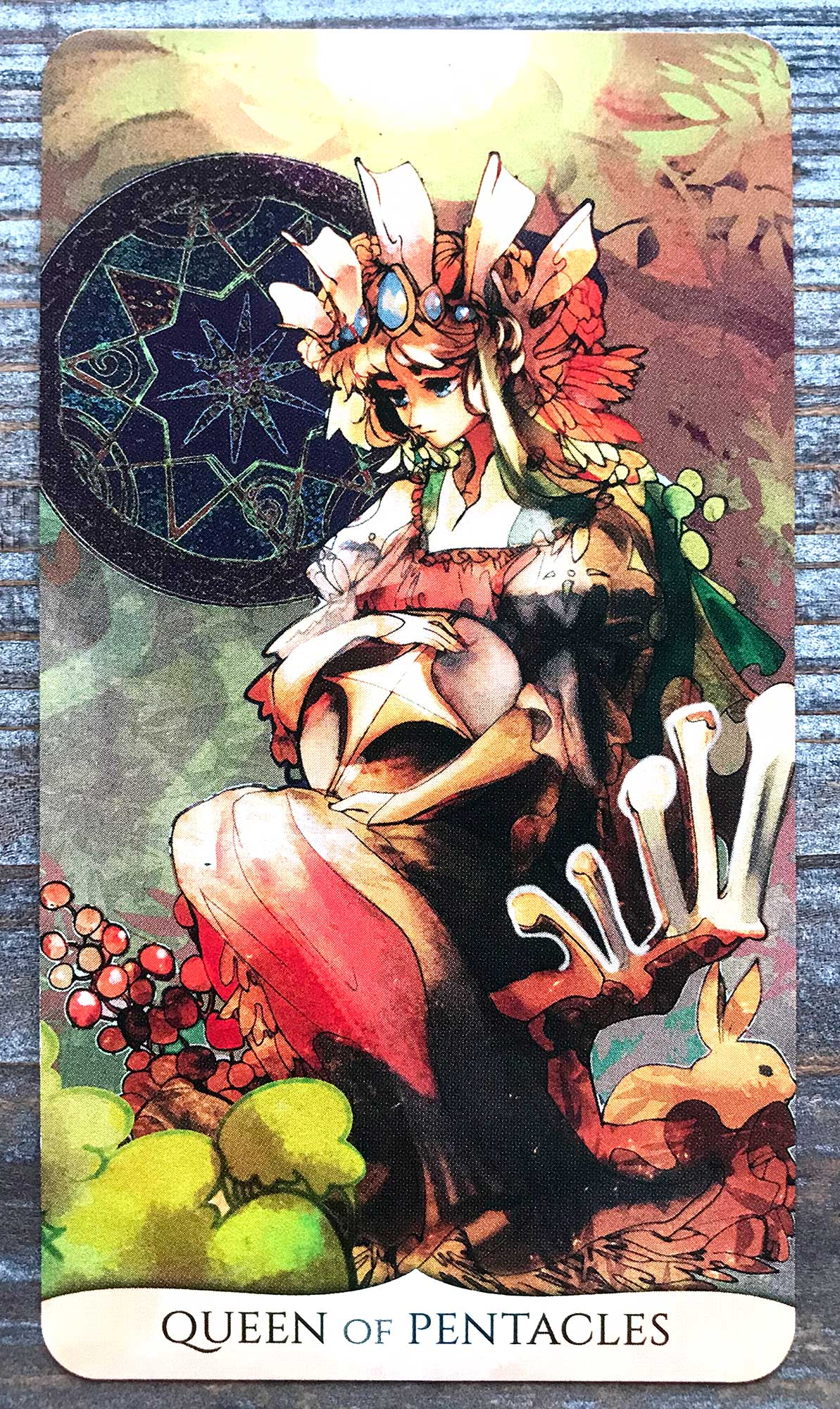 Traditional Manga Tarot - Queen of Pentacles