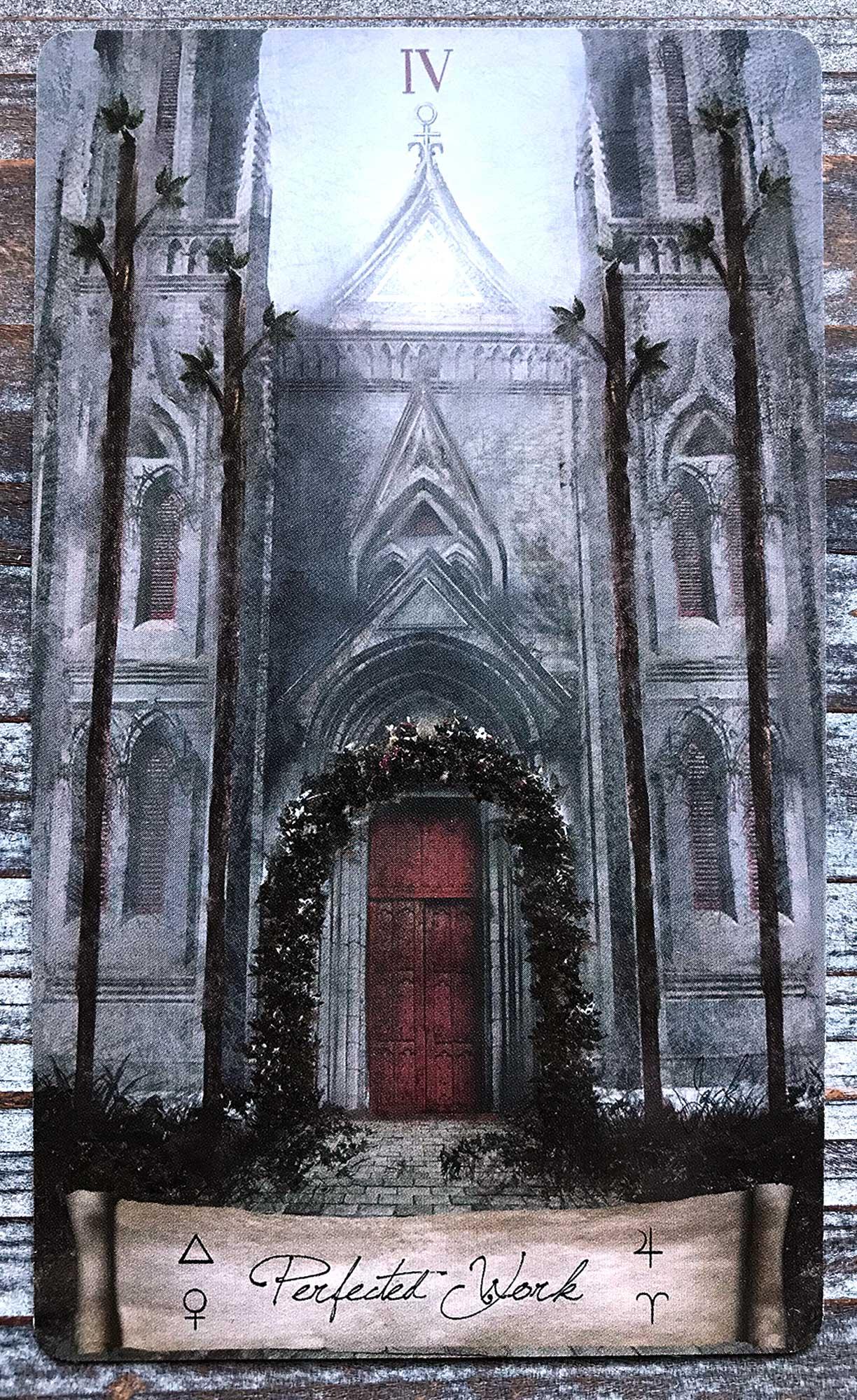 Heaven & Earth Tarot - Four of Wands
