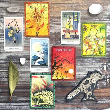 Ancient Animal Wisdom Oracle and Chinese Tarot