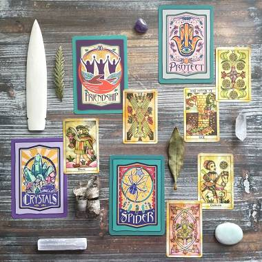 Lighting the Way Oracle and Tarot de Maria Celia