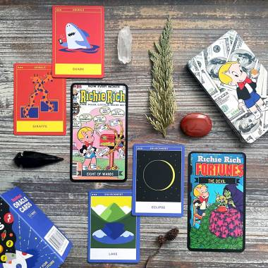 BuzzFeed Oracle and Richie Rich Tarot